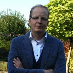 Ron  Roekevisch