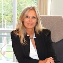 Anne van Dassen Mueller